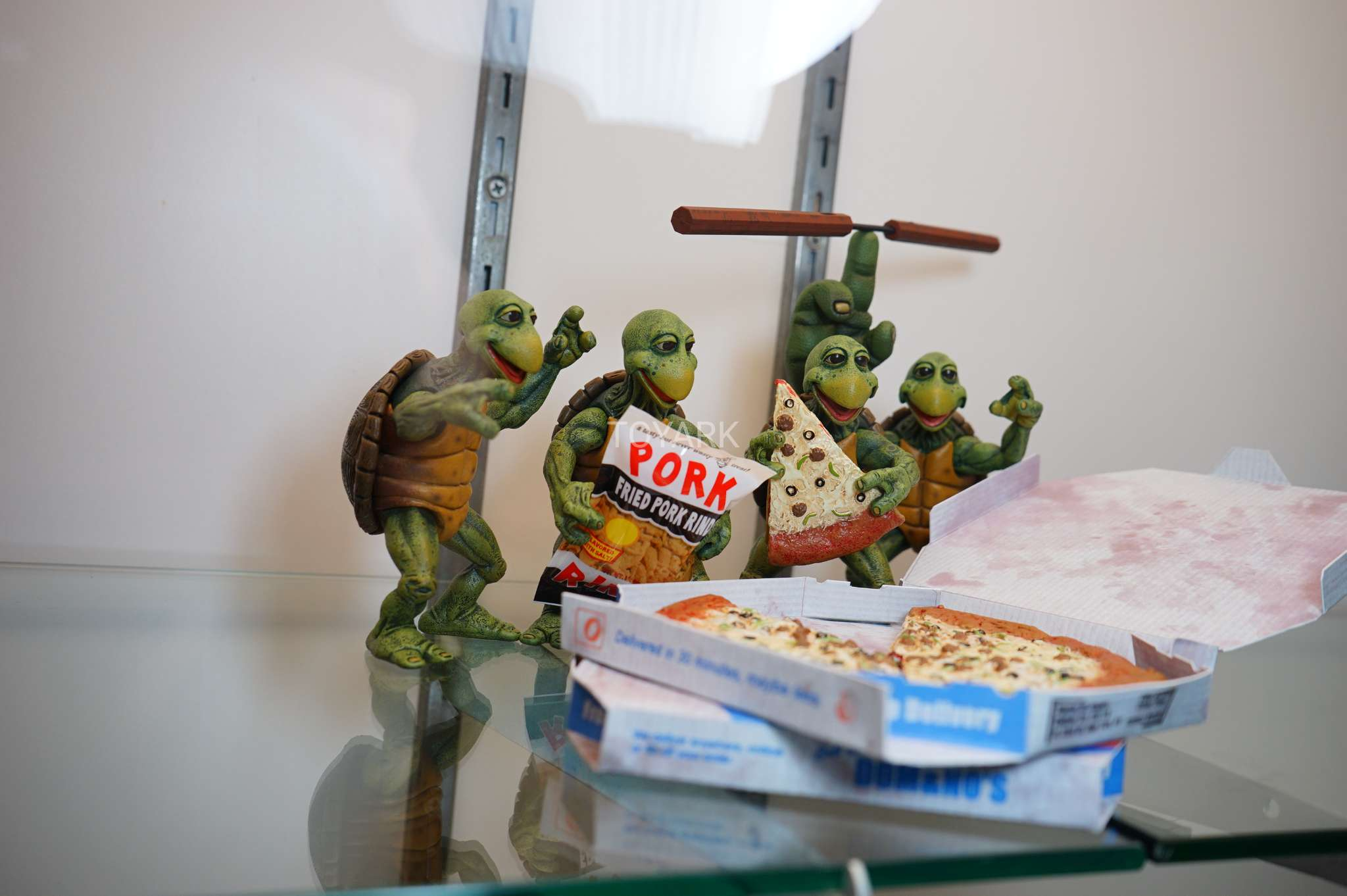 SDCC-2017-NECA-baby turtles set