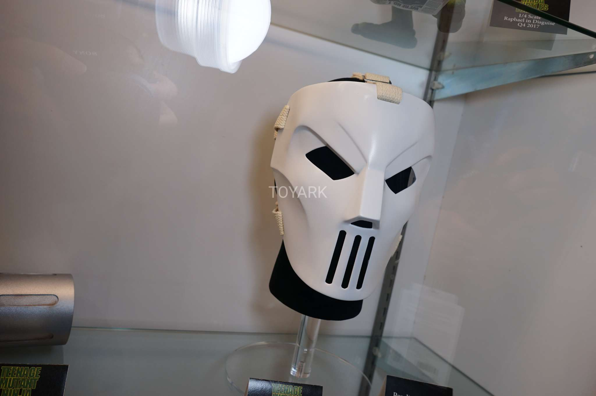 SDCC-2017-NECA-casey jones mask